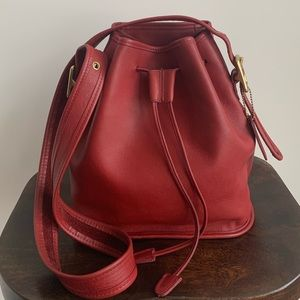 💋Vintage Coach Lula's Legacy Bucket 9952 Red